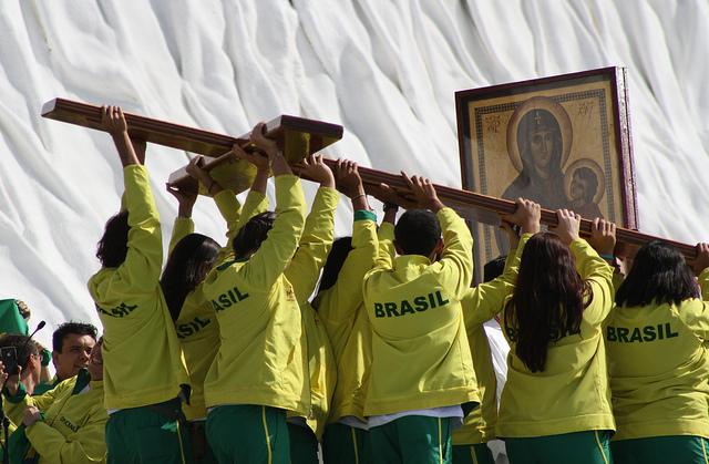 cruz jmj brasil