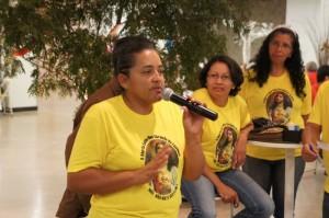Missionários da Comunidade Santos Inocentes. À esquerda, a fundadora, Tânia  Regina.