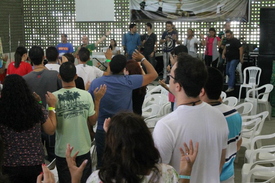 Momento de animação do 1º Encontro Nacional de Lideranças Jovens das Novas Comunidades, em 2012, em Recife (PE), na Comunidade Obra de Maria