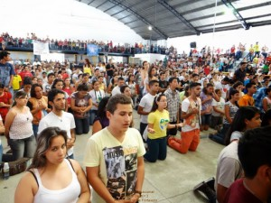 jovens na V Jornada Vocacional de Fortaleza