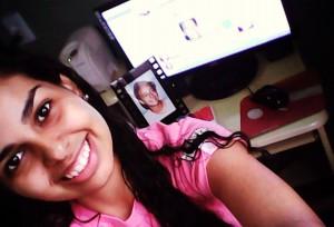 Ilze atualiza a fanpage da Beata no Brasil