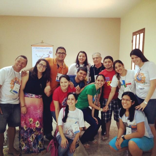 Jovens do Regional NE 1 e coordenador do MCC Nacional João Barciela