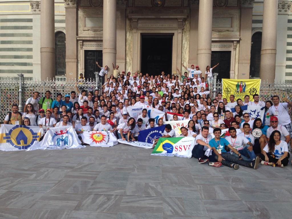 Cinco jovens escreveram a carta durante o ENJMC representando as mais de 40 expressões reunidas no evento.