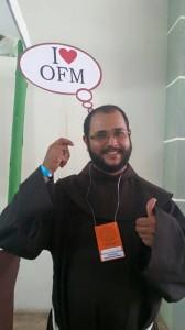 Frei Benedito Júnior coordena o grupo de 30 jovens de Anápolis.
