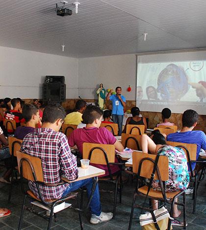 Jovens da Arquidiocese de Mariana participaram do I Encontro Arquidiocesano da Juventude Missionária