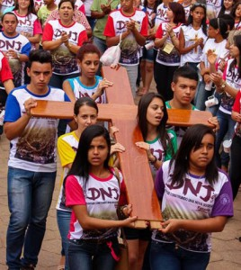 Diocese-de-Caratinga-dnj- foto Izabel Oliveira